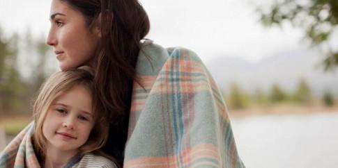 Đừng ảo tưởng về sự vĩ đại của single mom rồi ao ước khi em còn quá trẻ