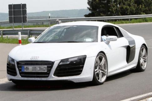 Audi R8 bản nâng cấp trên đường thử