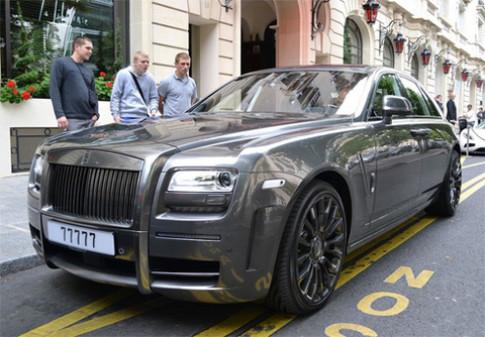 Rolls-Royce Ghost độ biển ngũ quý