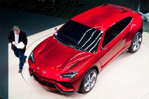 SUV mới của Lamborghini xuất hiện ở Bắc Kinh