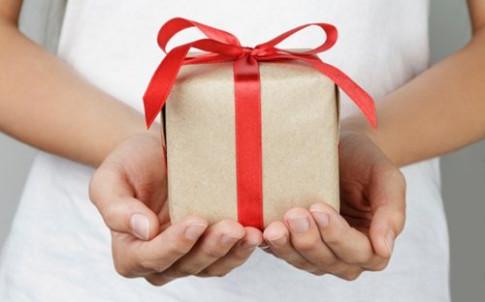 10 vật phẩm gắn mác xui xẻo kiêng kỵ tặng người khác dịp năm mới