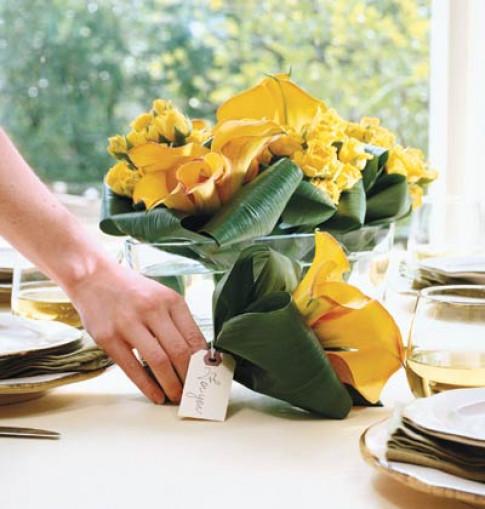 """30/4: Cắm hoa đẹp cho chồng """"lác mắt"""""""
