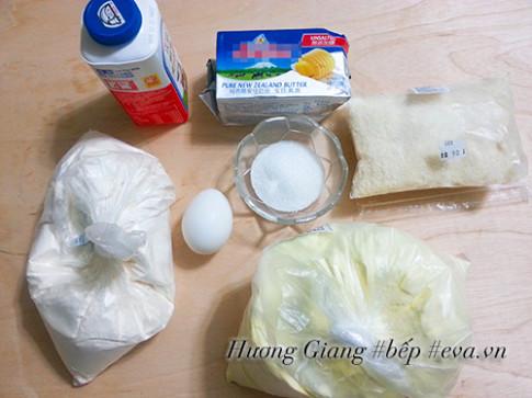 Bánh mì sữa dừa thơm ngon cho bữa sáng