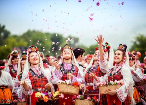 Bulgaria và thung lũng hoa hồng thơ mộng