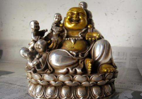Cấm kị khi bày Phật Di Lặc để cả nhà yên vui, sung túc