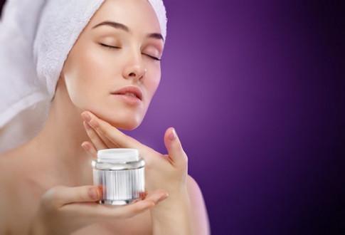 Giải pháp nào giúp ích làn da khô nẻ trong mùa lạnh