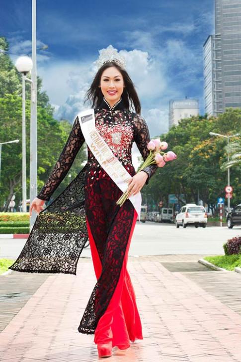 'Lọt sâu' cung điện của HH Tammy Thái