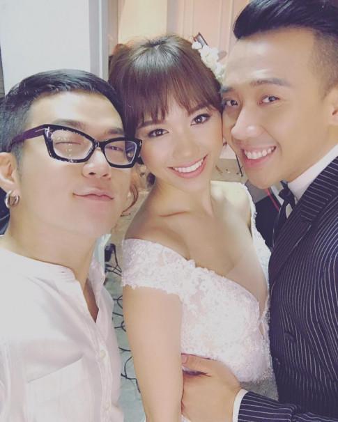 Nóng: Lộ ảnh Trấn Thành - Hari Won tình tứ đi thử đồ cưới