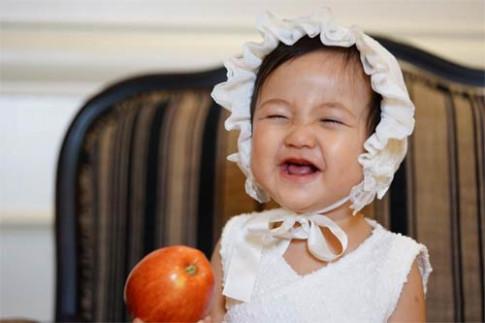 Ở Hàn Quốc, Hoa hậu Hà Kiều Anh nhớ nụ cười hồn nhiên của con gái