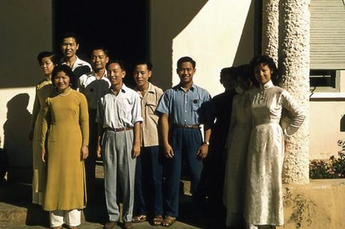 Trang phục phụ nữ Sài Gòn những năm 1950
