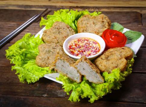 Vua cá Thát Lát mở cửa hàng đầu tiên tại Hà Nội.
