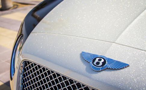 Bentley Continental GTC dát bột kim cương