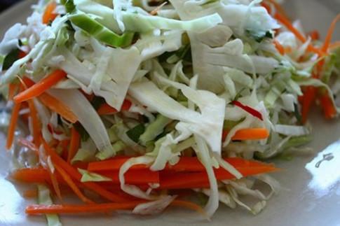 Cách muối dưa bắp cải đúng cách ăn chống ung thư