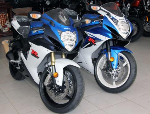 Cặp đôi Suzuki GSX-R 2011 ở Sài Gòn