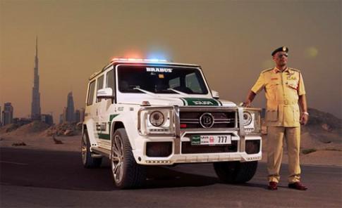 Mercedes G-class độ 700 mã lực của cảnh sát Dubai