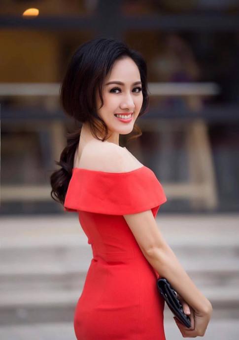 BTV Hoai Anh moi dich thi la my nhan hang hieu ma moi co gai deu mo uoc!