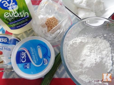 Bánh Trung thu dẻo lá dứa nhân sữa dừa siêu ngon