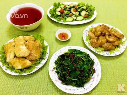 Bữa cơm chiều nhiều món ăn ngon