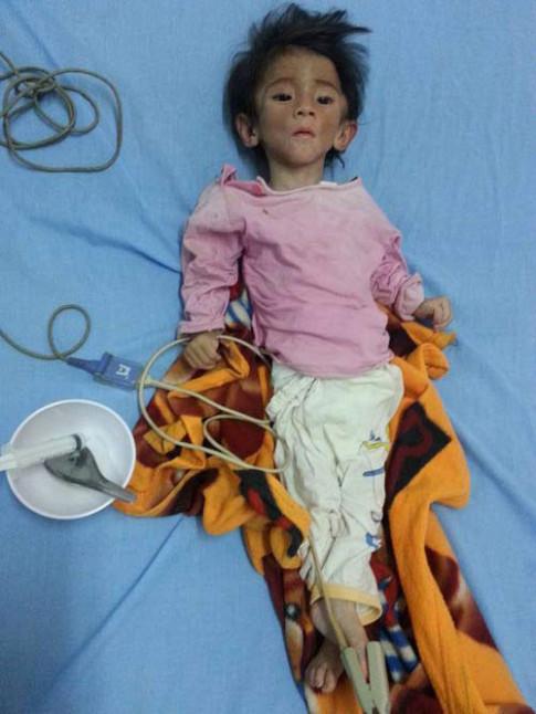 Cảnh sống đổi thay sau 3 tháng làm mẹ của 'tiểu thư 9x' nhận nuôi bé gái Lào Cai 3,5kg