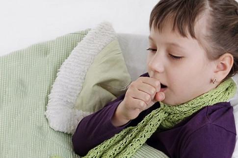 Học lỏm bí kíp làm 3 loại nước siro hành tây trị ho ngày lạnh cho trẻ