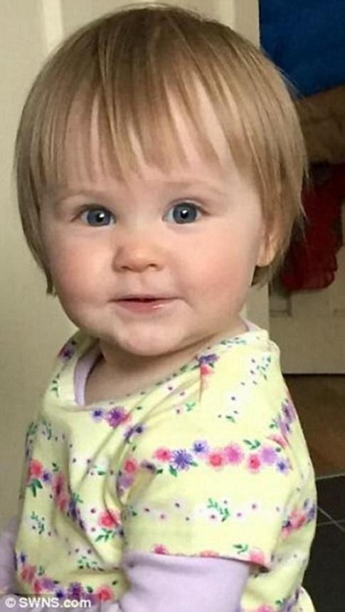 Không ai có thể ngờ món đồ quen thuộc này có thể giết chết bé gái 16 tháng tuổi