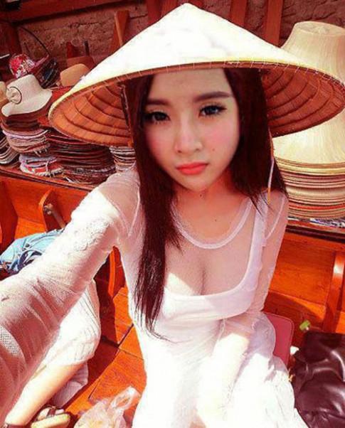 Mỹ nhân Việt mỏng hóa giá trị áo dài