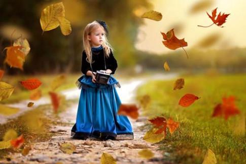 """""""Nàng công chúa nhí"""" đẹp mê hồn dưới góc nhìn của mẹ"""