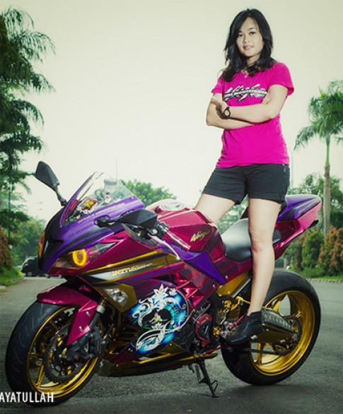 Người đẹp làng môtô Indonesia và xế độ