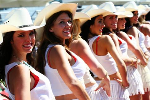 Người đẹp Mỹ bốc lửa tại Grand Prix