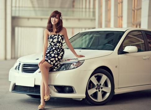 Người đẹp Saab 9-3