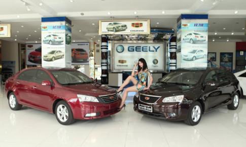 Người đẹp Việt làm duyên với Geely