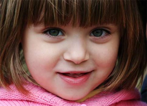 Phép lạ thay đổi lịch sử y học khi bé gái 2 tuổi hồi sinh sau 180 phút tắt thở