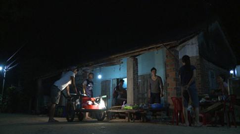 Tập 22 Bố ơi mùa 3: Dân làng nô nức đến thử ăn cháo lòng của 4 ông bố nổi tiếng