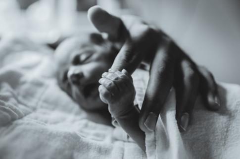 Ảnh tuyệt đẹp về các em bé sinh non sẽ khiến mẹ ngạc nhiên