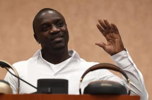 Ca sĩ Akon muốn xây dựng 'Wakanda trong đời thực' bằng tiền ảo và tranh chức tổng thống với Donald Trump, Kanye West