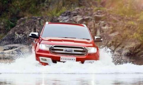 Ford Everest 2015 giá từ 39.000 USD tại Thái Lan