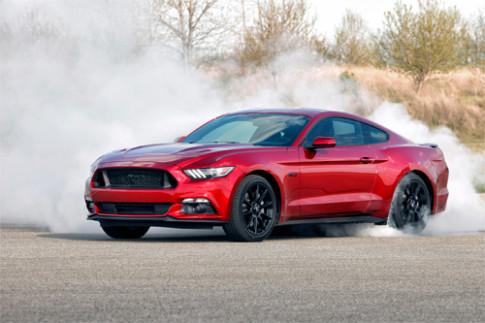 Ford Mustang 2016 - nho ve qua khu