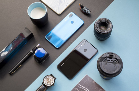 FPT Shop tặng thêm tai nghe AKG trị giá 2,99 triệu đồng trong ngày mở bán Huawei Nova 3e