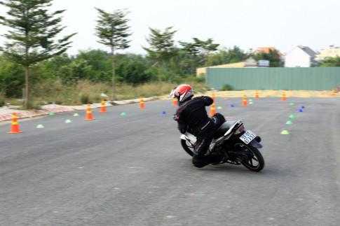 Gymkhana - Môn thể thao dành cho xe máy hấp dẫn biker Sài Thành