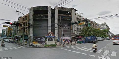 Hàng nghìn con cá chiếm trung tâm thương mại giữa lòng Bangkok suốt 10 năm