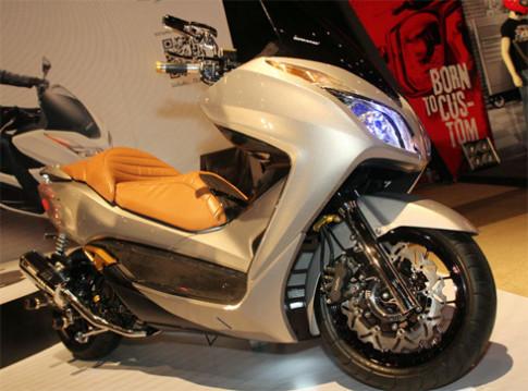 Honda Forza 300 ra mắt ở Thái Lan