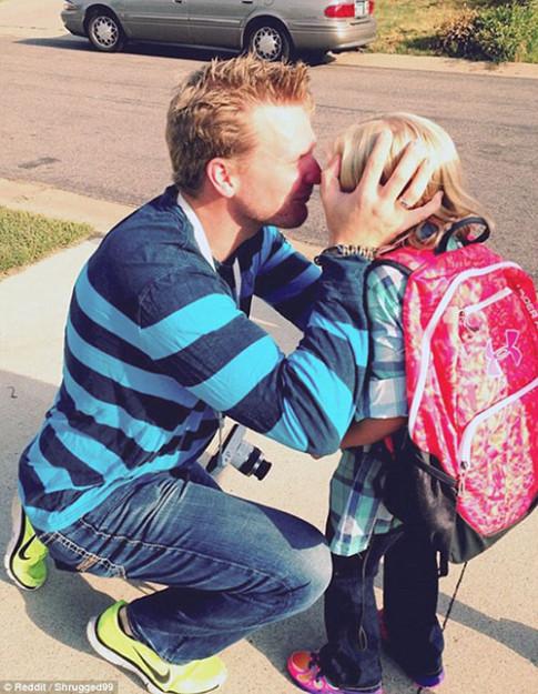 Những ông bố đơn thân khiến vạn người cảm động bởi tình yêu bất tận với con gái nhỏ