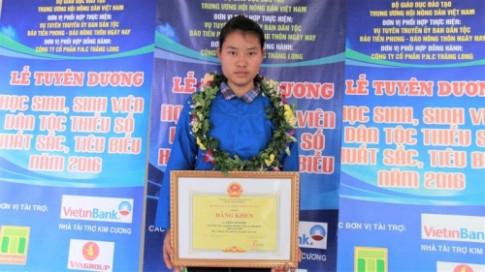 Nữ sinh đoạt giải quốc gia trượt đại học: Khóc nức nở khi biết tin được nhập học