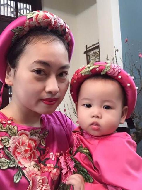 Thực đơn ăn dặm đủ 4 nhóm dinh dưỡng giúp con lên cân lành mạnh của mẹ trẻ Hà Nội