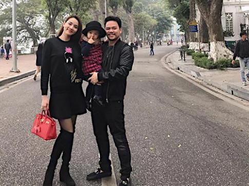 Trang Nhung: Hai vợ chồng tôi mong sinh thêm em bé trong năm Đinh Dậu 2017