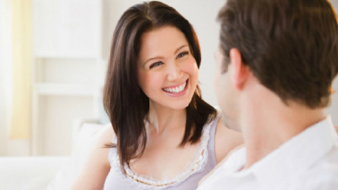 Có thật các ông chồng không hề để ý bạn mặc gì ở nhà?