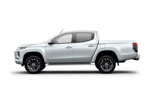 Giá xe Mitsubishi Triton 2020 lăn bánh mới và so sánh giá