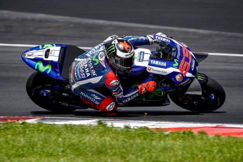 Lorenzo se lam duoc gi voi chiec Ducati Desmosedici GP17