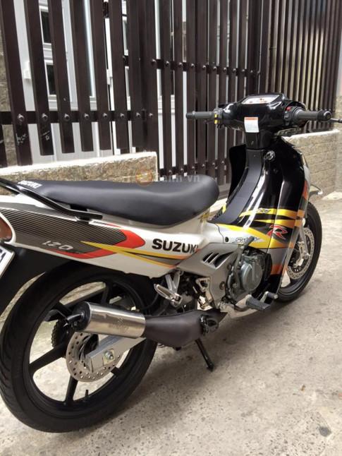 Suzuki Xìpo 2000 lên áo Satria đẹp lung linh