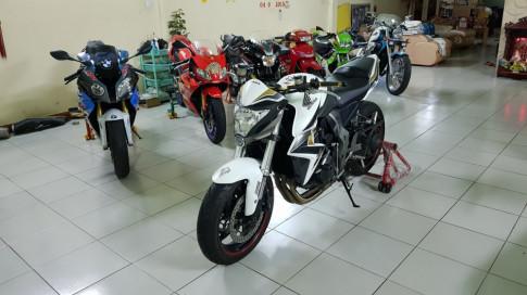Bán Honda CB1000R 2010 HQCN-ABS-HISS-ODO 16K- Long lanh
